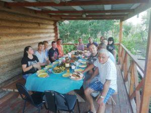 Ужин после бани - помощь наркозависимым и алкозависимым