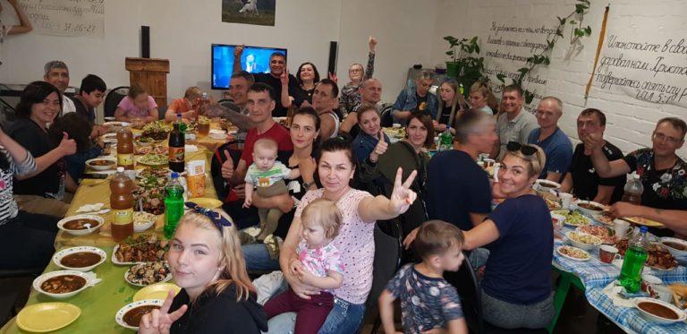 Застолье с семьей - хорошо без спиртного