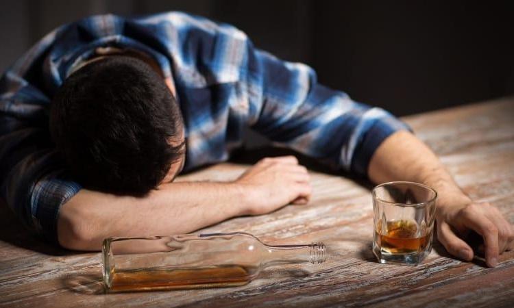 что делать алкоголику после срыва